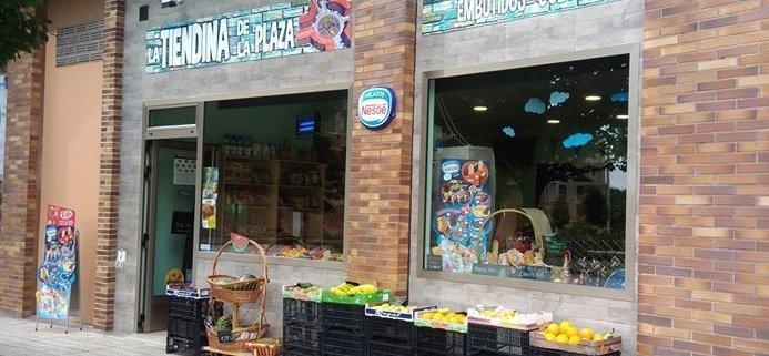 Fachada La Tiendina de la Plaza